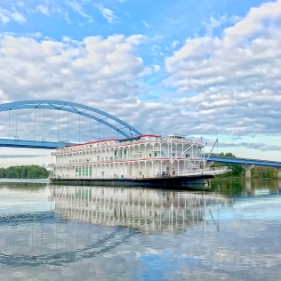 23 Day American Mississippi River Cruise From St Paul To