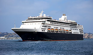 hollandamerica_veendam.jpg