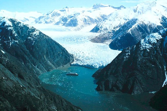HAL-tracy-arm-fjords
