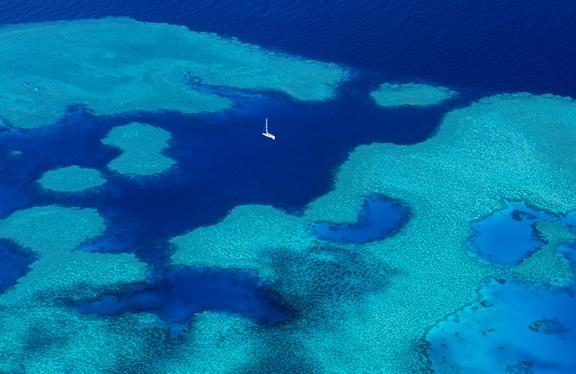 dp-australia-great-barrier-reef-08082014-lo