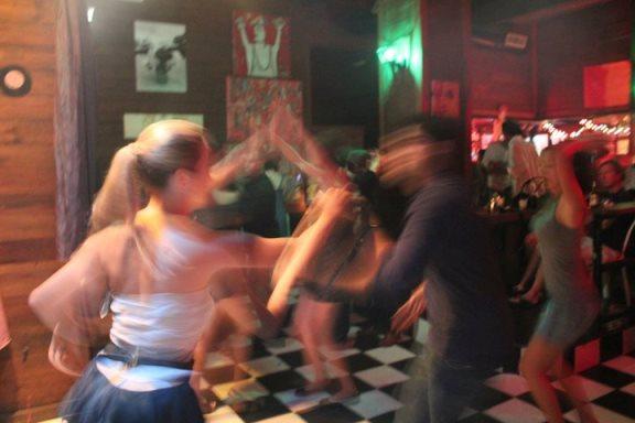 nuyorican-cafe-dancing2-08192014