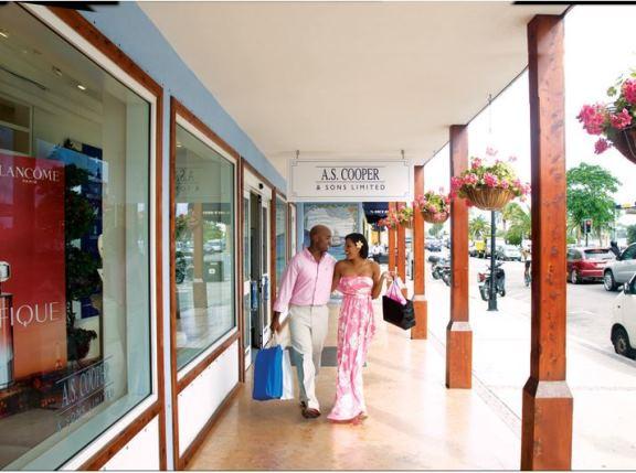 bermuda-tourism-shopping-0916201