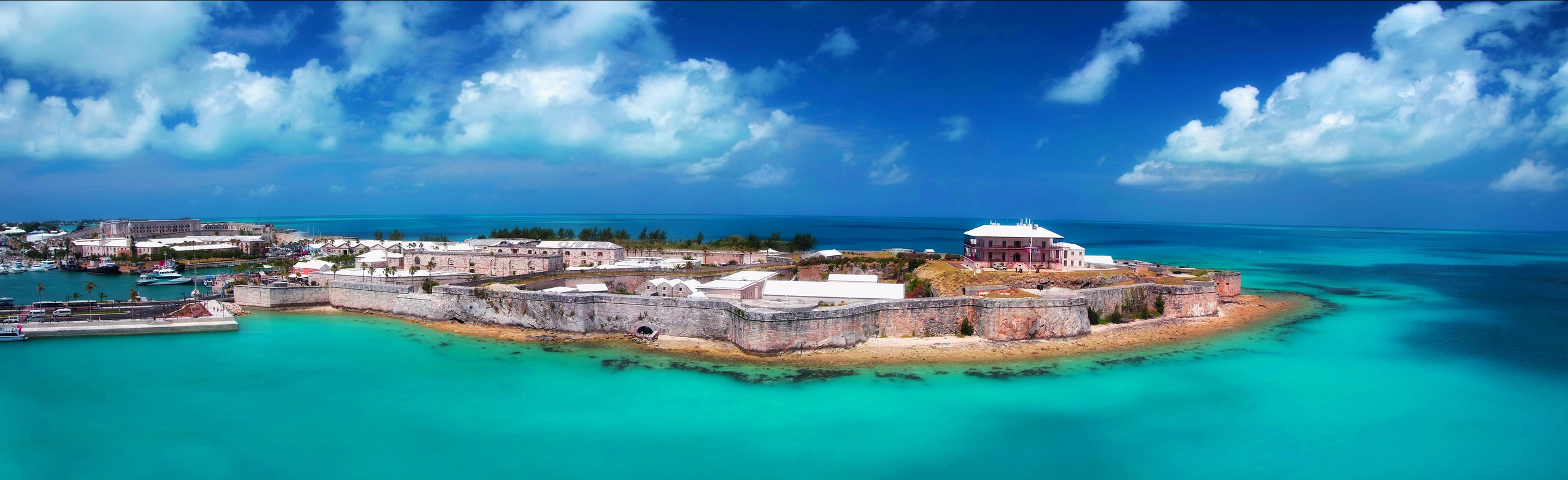 Best Lunch In King S Wharf During Your Bermuda Cruise