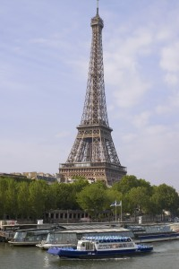 Best Christmas Cruise Gifts Visit the Eiffel Tower in Paris