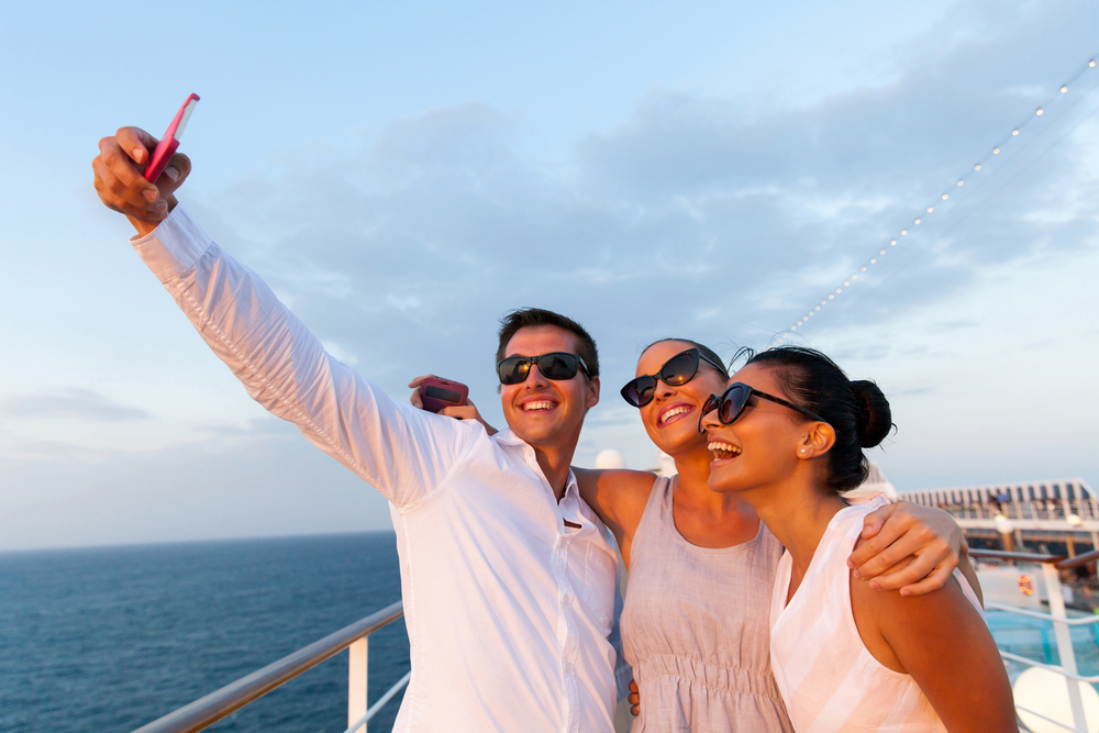 VOOM Cruise Ship WiFi Royal Caribbeans Fastest Internet At SEA - Cruise ships with wifi